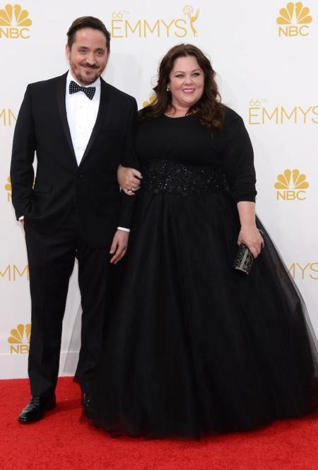 De riguroso negro. Melissa McCarthy en los #Emmys2014