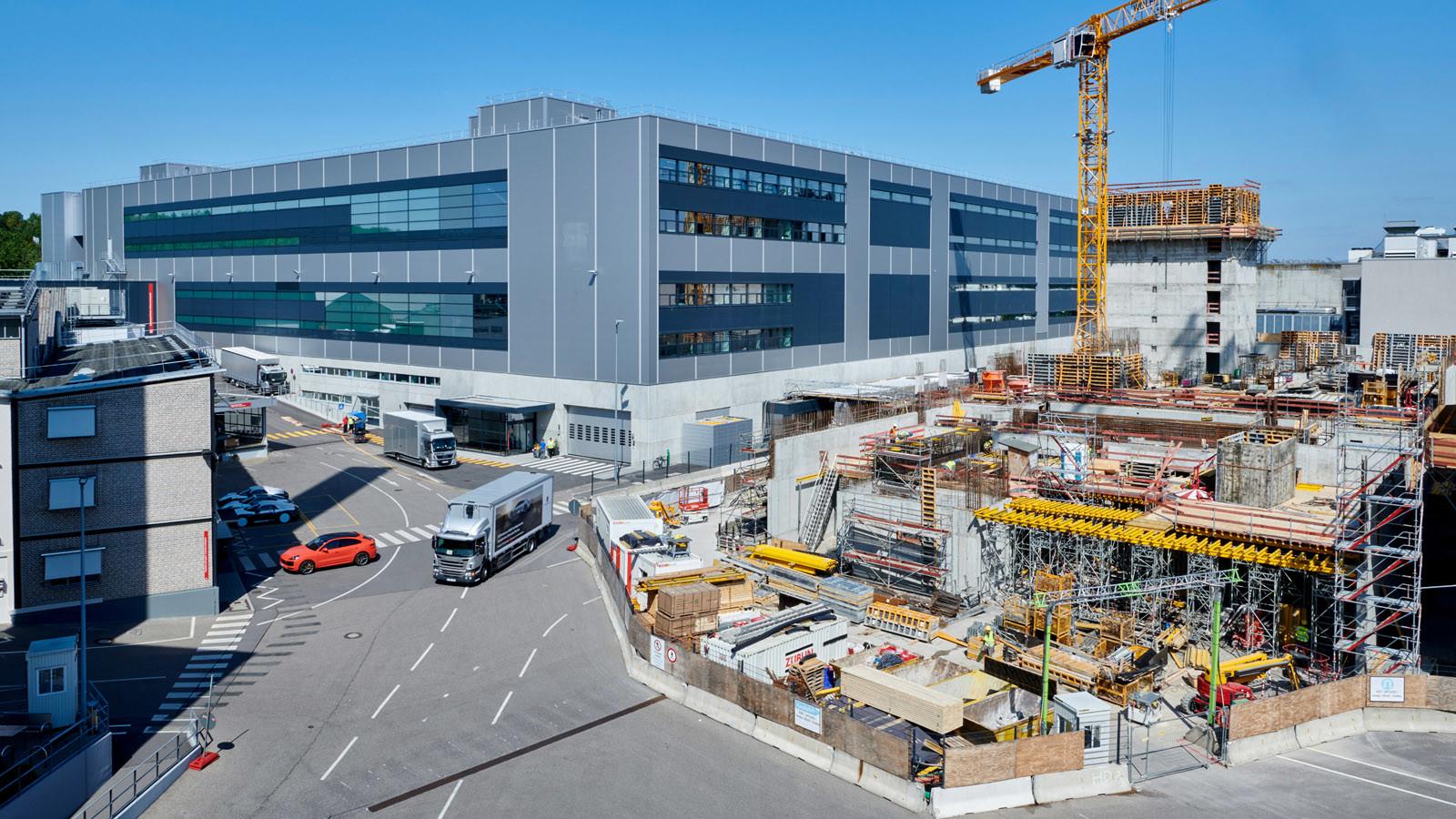 Fábrica Porsche Taycan (inauguración)