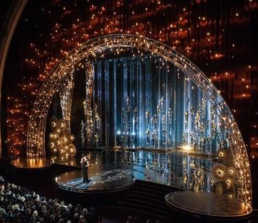 Swarovski decoró la Gala de los Oscar con 95.000 cristales