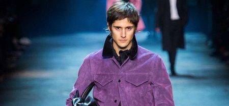 Nueve looks de invierno con los que (sin querer) se le rindió homenaje al color púrpura de Prince