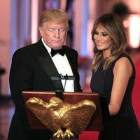 Melania Trump se viste de gala con el color negro como protagonista (y aporta grandes ideas para looks de invitada)