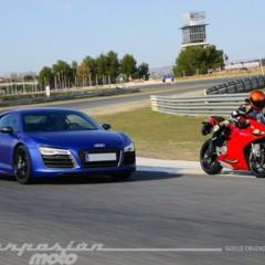 Foto 16 de 24 de la galería ducati-899-panigale-vs-audi-r8-v10-plus en Motorpasion Moto
