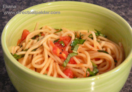 Receta rápida de salsa de tomate para pasta