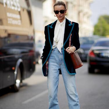 Las blusas son la mejor apuesta para ir a la oficina junto a una falda midi o un pantalón vaquero y estos looks lo demuestran