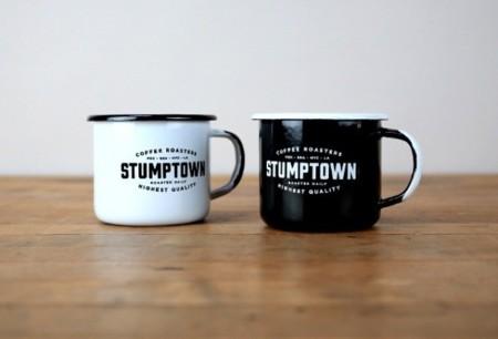 Todo lo que necesitas para un perfecto café en el adorable packaging de Stumptown