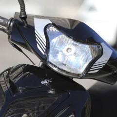 Foto 48 de 53 de la galería mx-motor-c5-125-primer-scooter-de-rueda-alta-de-la-marca-espanola en Motorpasion Moto