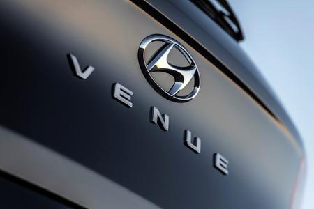 El Hyundai Venue ya se asoma: un mini SUV que podría mandar a la cuerda floja a Creta