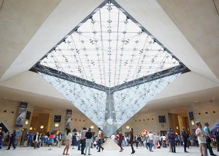 Apple Carrousel du Louvre, una de las Apple Store más icónicas, cierra permanentemente este mes
