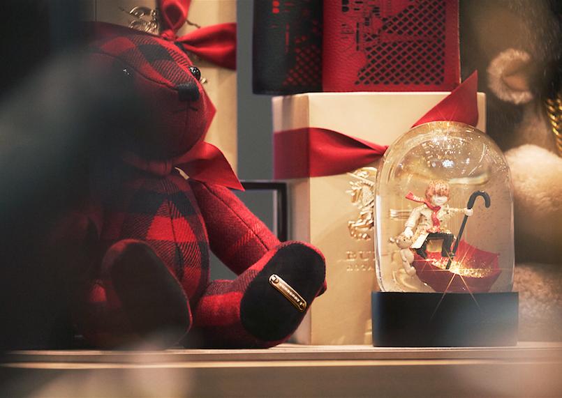 Foto de Kate Moss y Cara Delevingne ya piensan en Navidad (18/19)