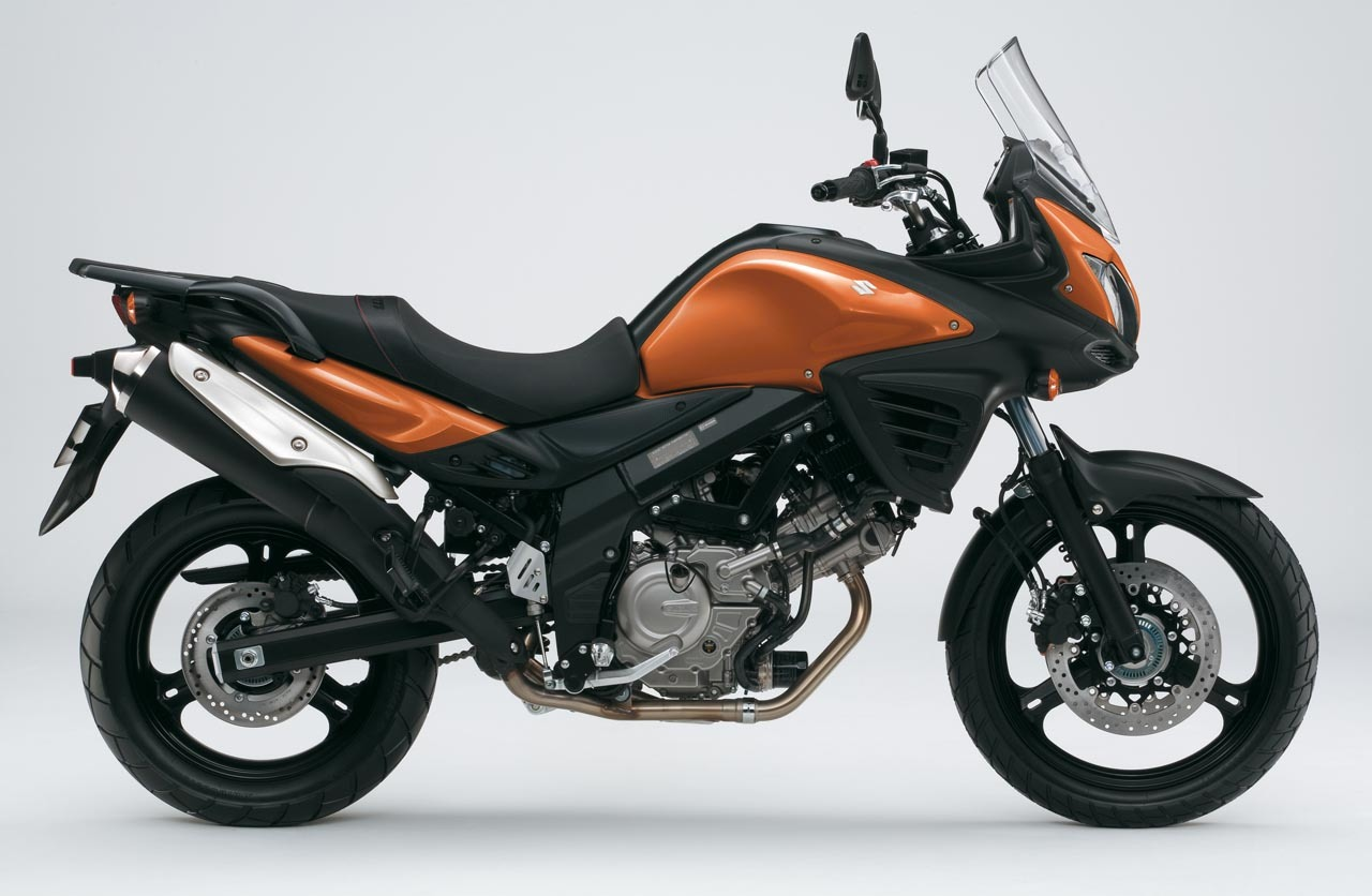 Foto de Suzuki V-Strom 650 2012, fotos de detalles y estudio (12/50)