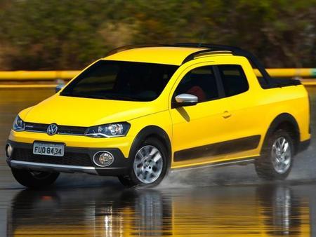 Volkswagen Saveiro, ahora con ESP y cabina doble