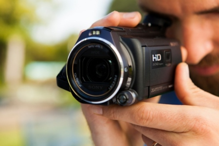 Sony insiste en el proyector en sus cámaras de vídeo