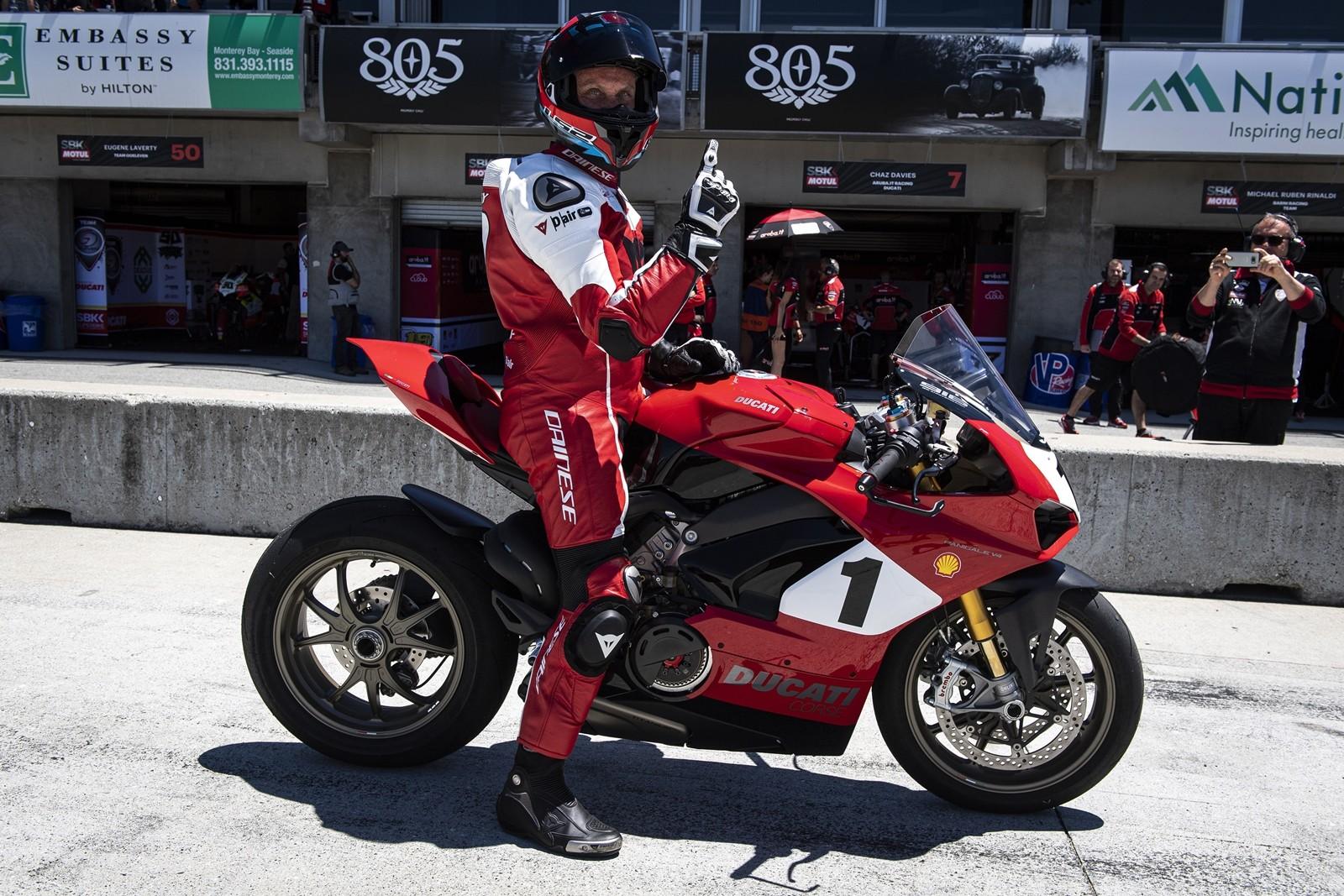 Foto de Ducati Panigale V4 25° Anniversario 916 (20/73)