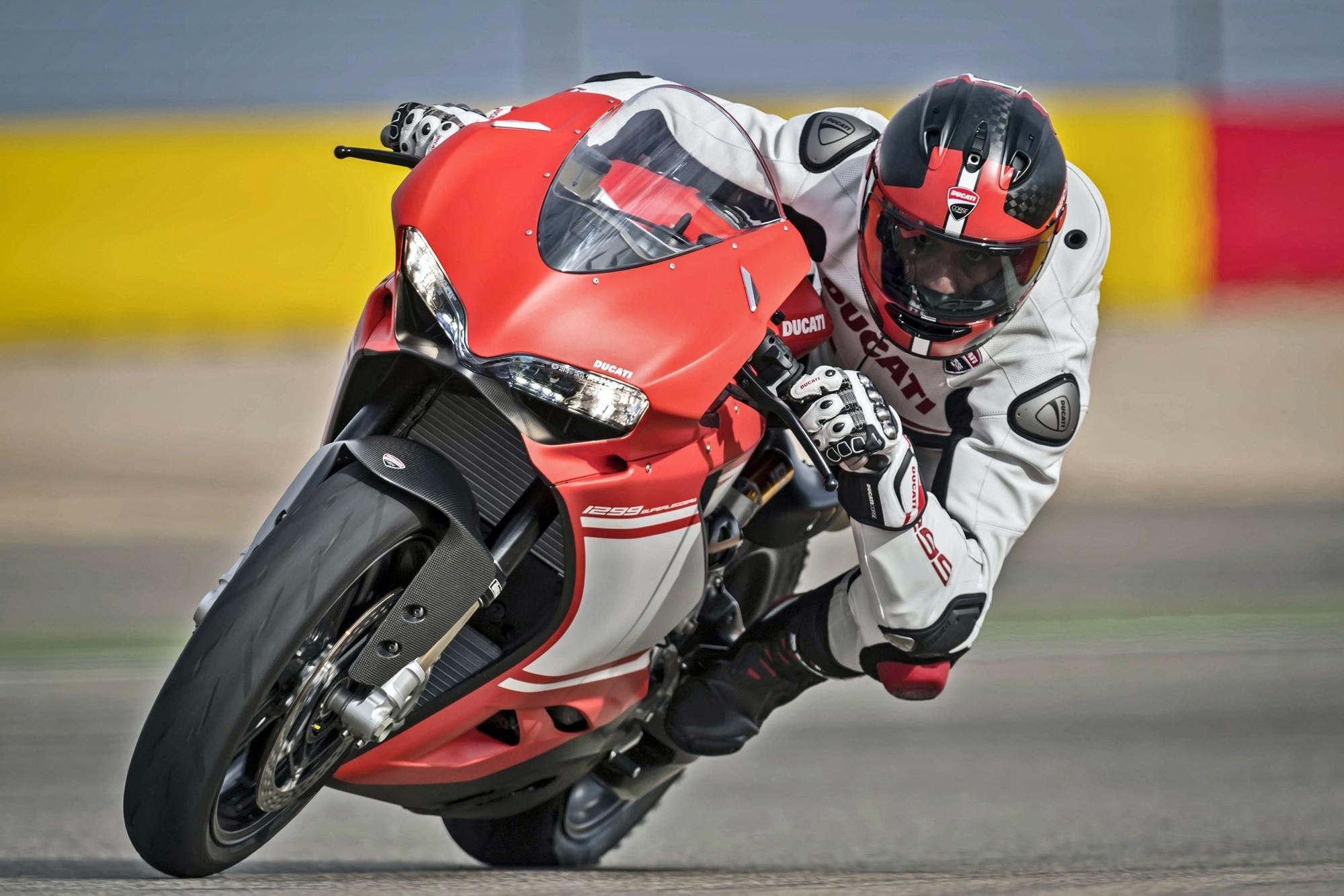 Foto de Ducati 1299 Superleggera (12/22)