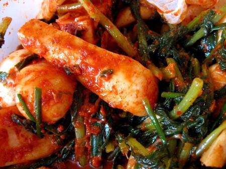 Kimchi coreano qué es, beneficios para la salud y cómo hacerlo en casa.