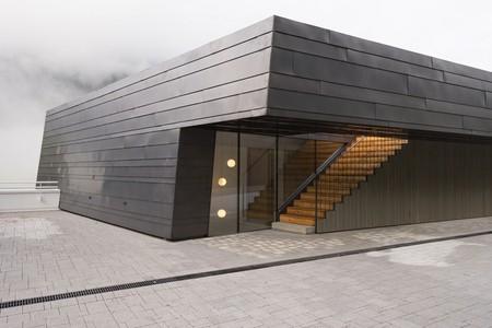 La adaptación arquitectónica refinada de Villa Drei Birken: una composición tradicional y funcional