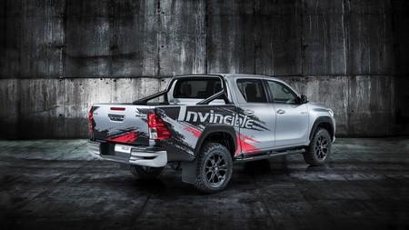Hilux Invincible 50 2