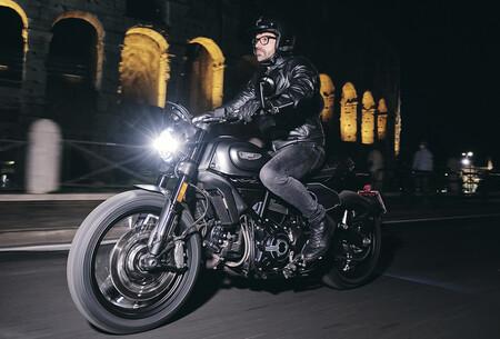 Ducati Scrambler Nightshift 2021 1