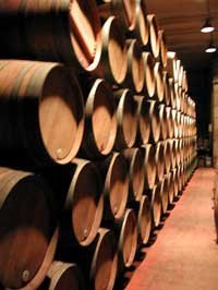 Proceso para envejecer el vino rápidamente