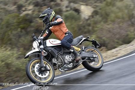 Ducati Scrambler Desert Sled 2017 005