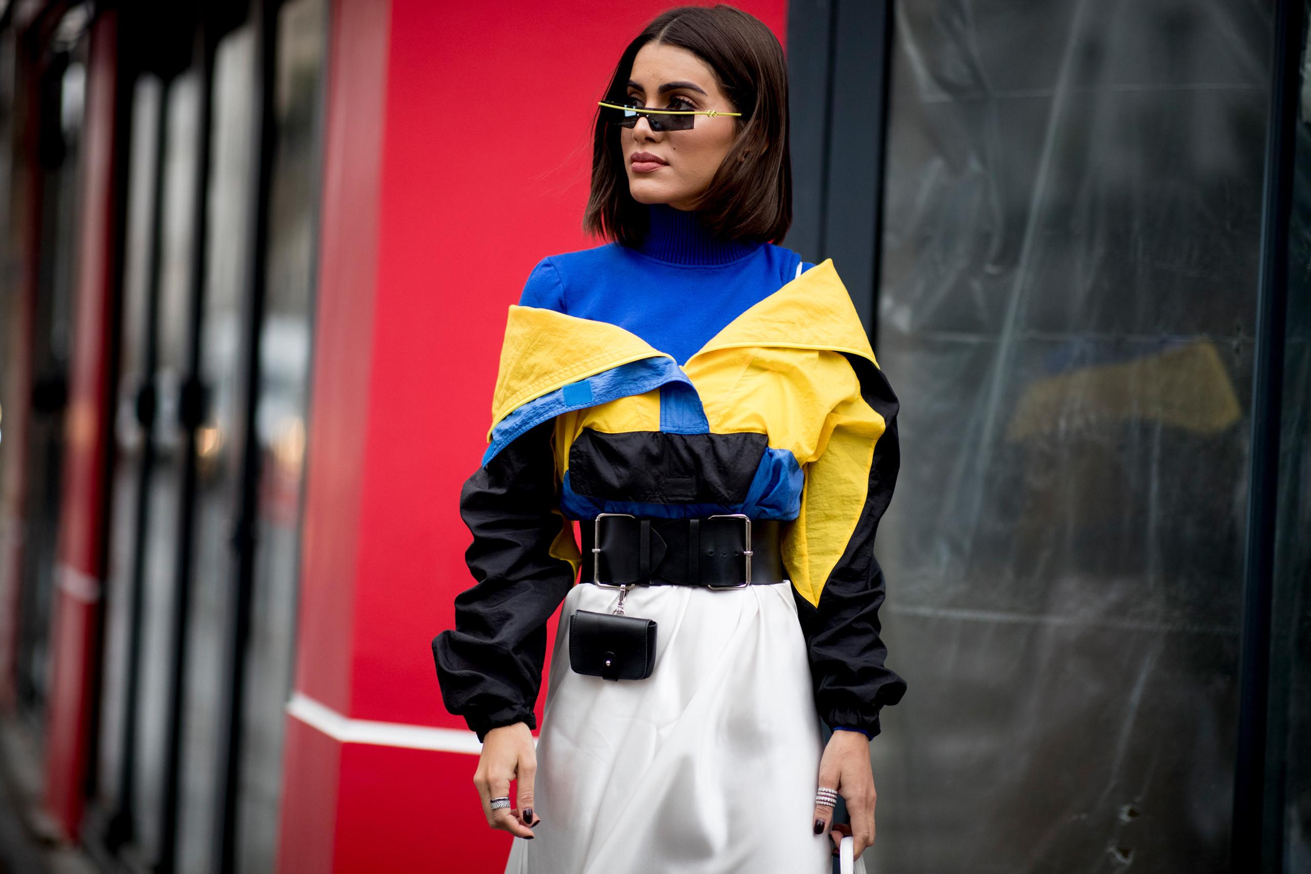 El street style lo dice  las sudaderas vintage nos llevan a la década de  los 80 en un abrir y cerrar de ojos 509868b3c01