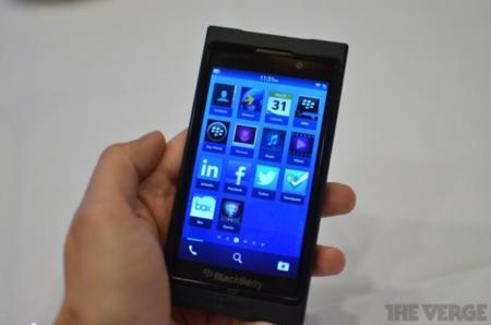 BlackBerry 10 por fin se deja ver en público