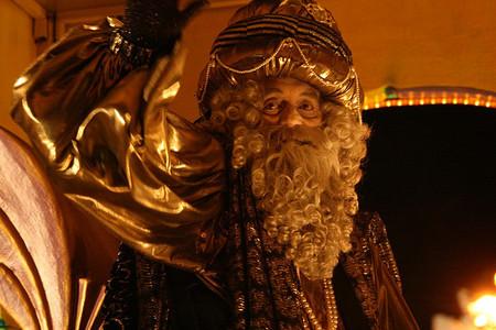 El Ayuntamiento de Madrid prohibe el lanzamiento de caramelos en la Cabalgata de Reyes (en las calles no valladas)