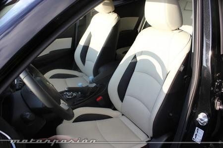 Mazda3, presentación y prueba en Barcelona, asientos