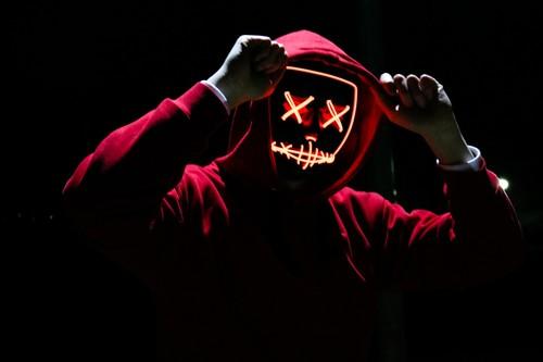 Los 13 mejores disfraces de Halloween en AliExpress basados en películas y series: desde Dragon Ball hasta La Casa de Papel