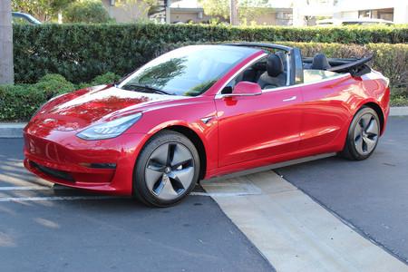 Sólo hay un Tesla Model 3 descapotable en el mundo, y su transformación costó más que un BMW Serie 1