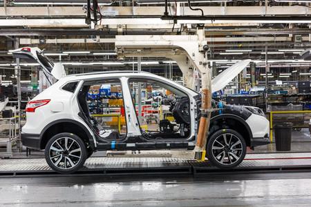 Nissan confirma que seguirán fabricando en Reino Unido pese al Brexit