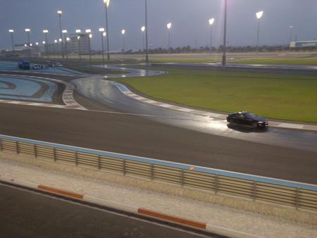 Nos vamos a Dubái a aprender a hacer <em>drifting</em> árabe [Inocentada]