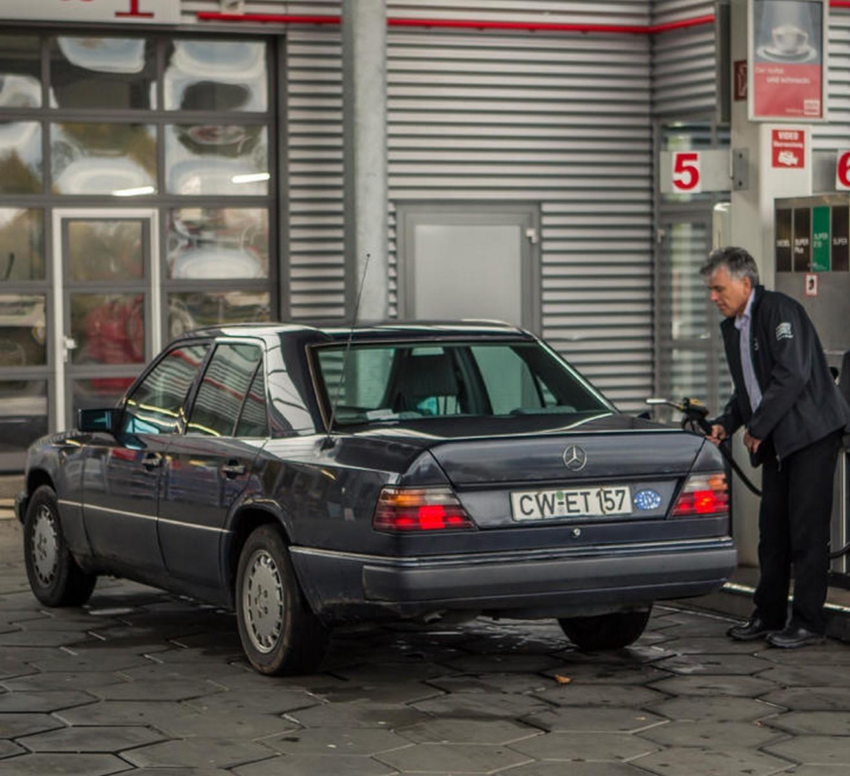 Foto de Mercedes 200D W124 (3/8)