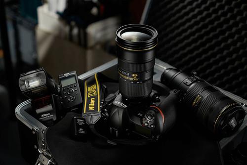 Así es la nueva Nikon D5 enfrentando sus características a las D4S, D4 y D3S