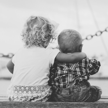 Nueve cosas que no debes hacer ni decirle a un niño que acaba de convertirse en hermano mayor
