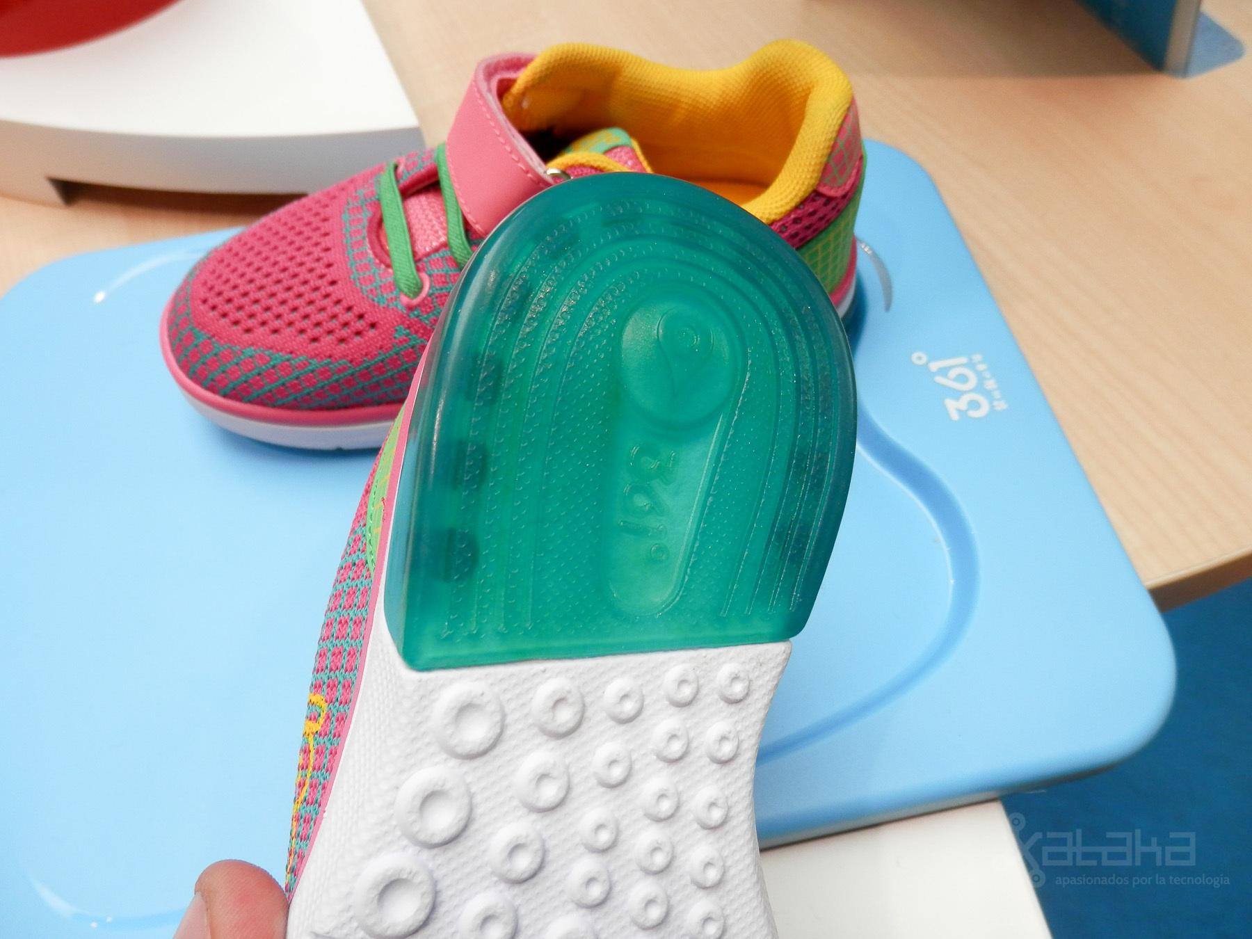 MediaTek 361 Smart Kid Shoe