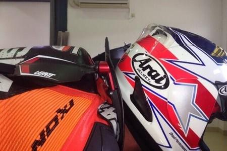 Leatt comienza a ensayar en MotoGP los protectores cervicales