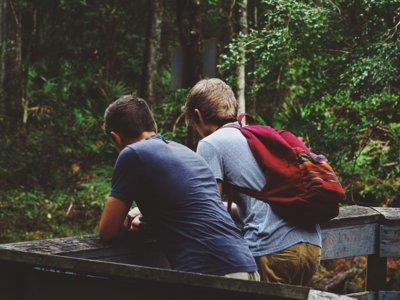 Cuando tus amigos no te consideran amigo suyo: sólo la mitad de los que crees tus amigos creen lo mismo de ti