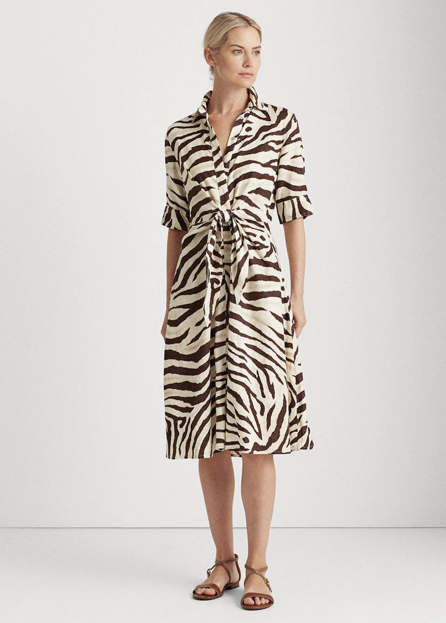 Vestido con estampado animal print y manga corta