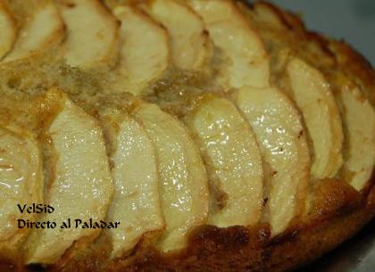 Bizcocho integral con manzana al aroma de avellana