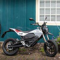 La Zero FXE es la última moto eléctrica de la marca americana: una supermotard de 45 CV por 13.880 euros