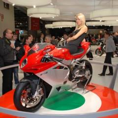 Foto 22 de 30 de la galería mv-agusta-f4-2010-galeria-en-alta-resolucion en Motorpasion Moto