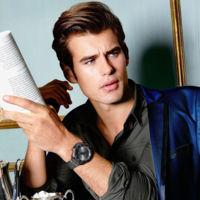 Matt Trethe protagoniza la nueva campaña de relojes de Guess