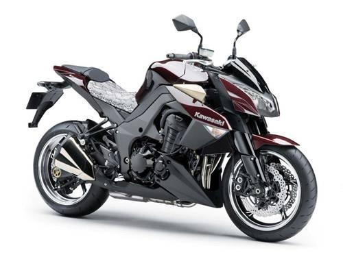 Toma de contacto: Kawasaki Z1000 y Kawasaki ZZR1400
