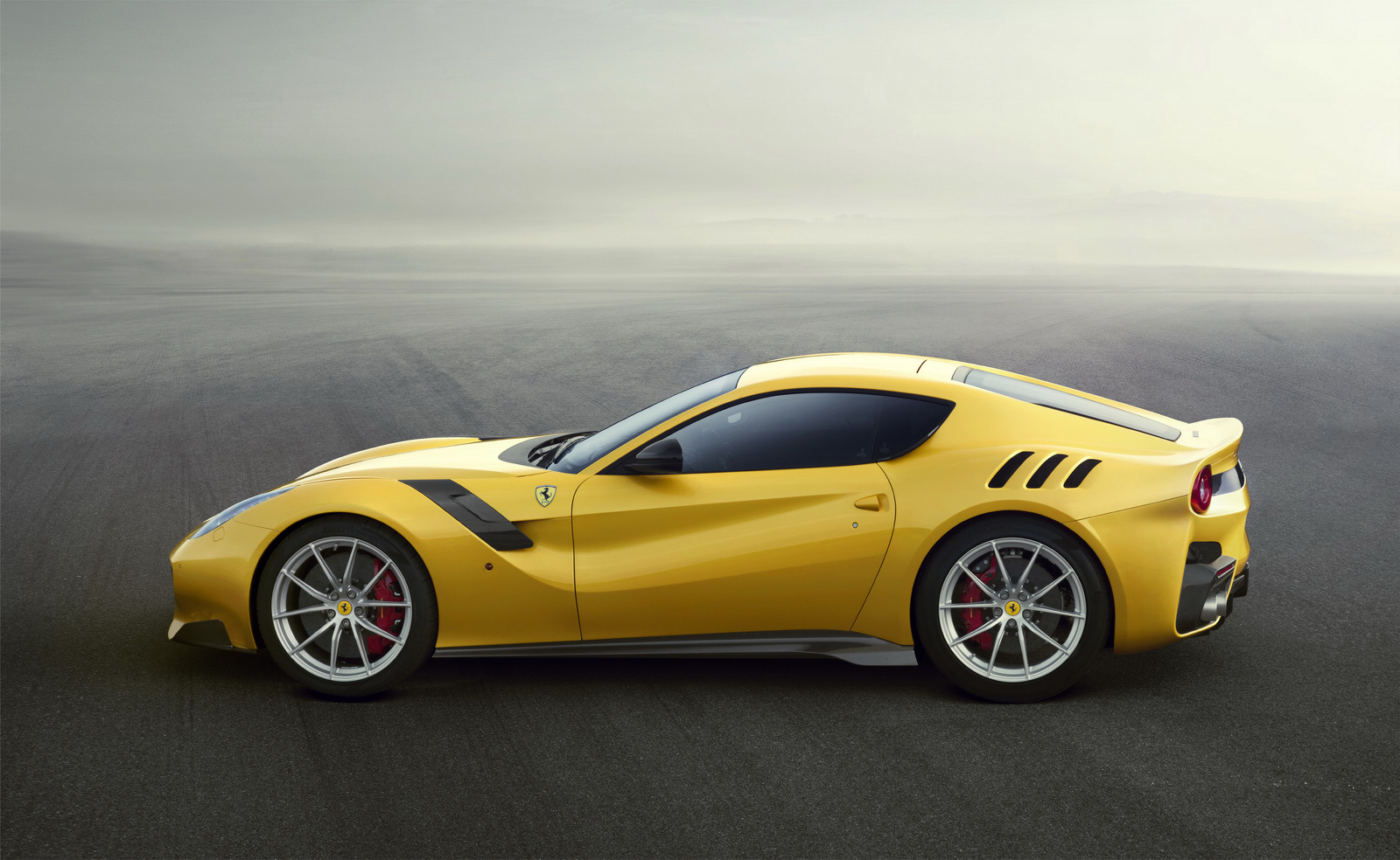 Foto de Ferrari F12tdf (2/7)