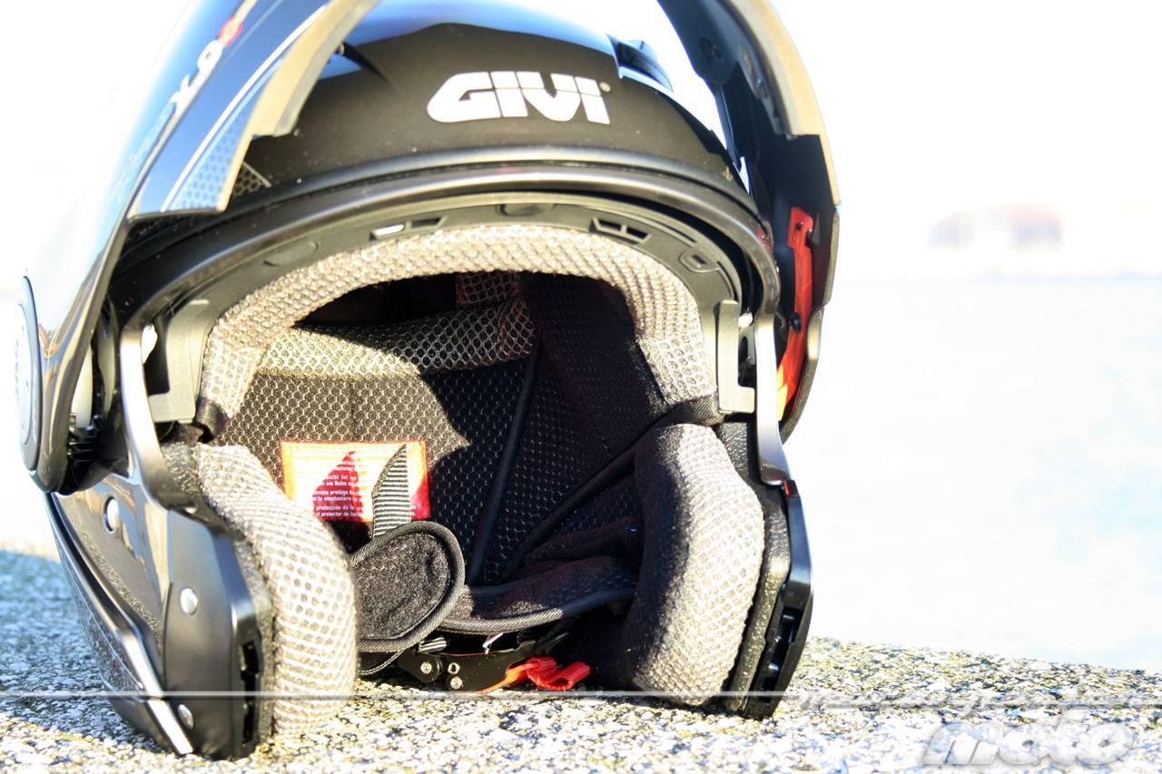 Foto de GIVI X.09, prueba del casco modular convertible a jet (19/38)