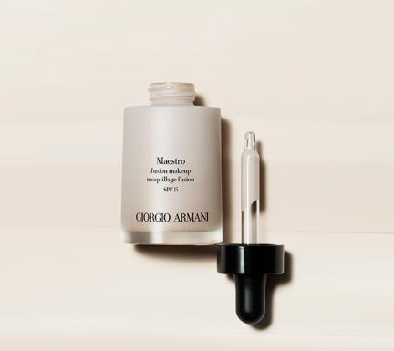 Armani-Maestro-maquillaje
