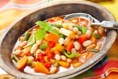 Trucos para lograr platos de cuchara más ligeros y saludables