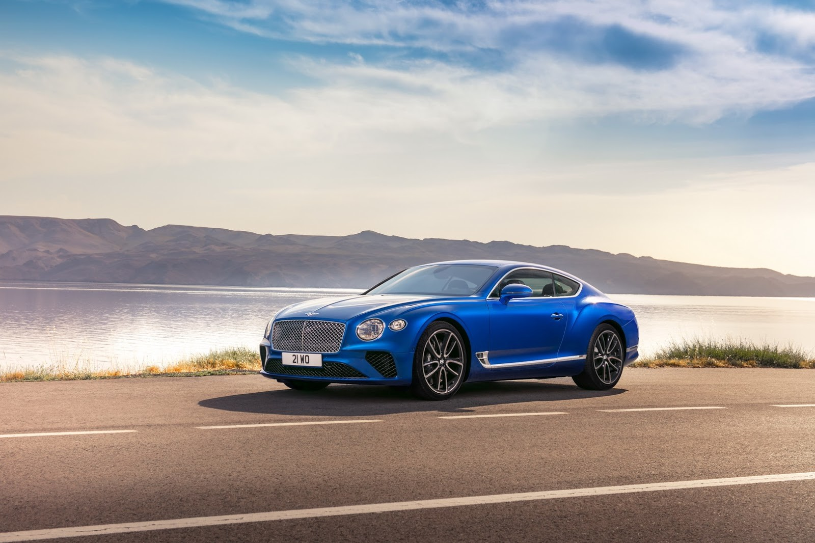 Foto de Bentley Contienetal GT 2018 (29/30)