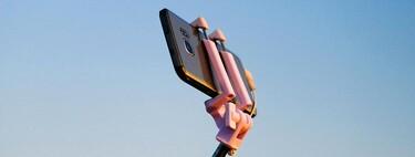 Guía de compras de palos selfies: cómo elegir uno y modelos destacados